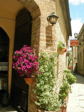 Shuttle Chianti Private Tour: Montalcino