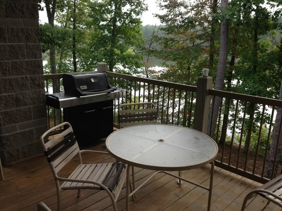 Pin Oak Lodge: View from Villa #7 deck