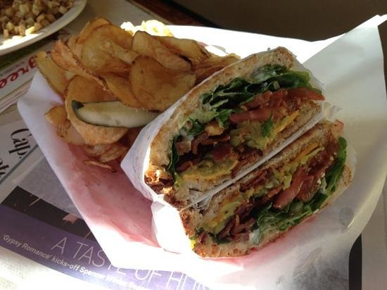 Lincoln County Grill: great green chili BLT