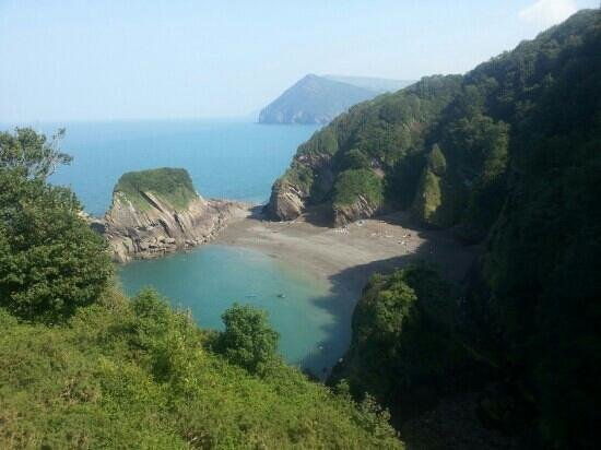 Watermouth Valley Camping Park : watermouth valley private beach
