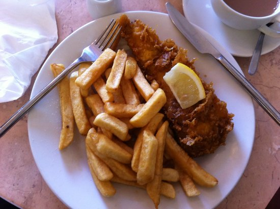 Fat Fish Cafe: Ohh Fish and Chips....................