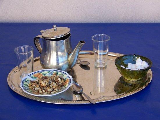 Maison D'hotes Dar Ait Souka: Le rituel du thé à la menthe