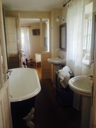 Hotel Le Lodge Kerisper: Bad Juniorsuite