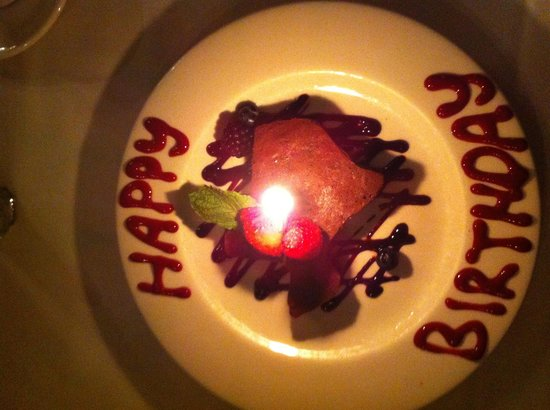 Bonnell's Restaurant: Birthday Moonpie