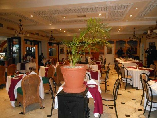 Sarova Stanley: main floor restaurant