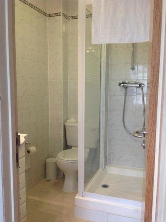 Comfort Inn London - Victoria: ducha