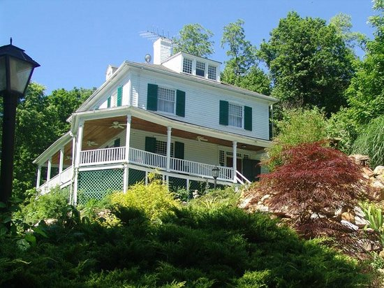 Berkeley Springs, Virginia Occidental: front of Mountain Rest Inn Bed and Breakfast