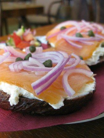 Fine Bagels : Lunch for Meshka