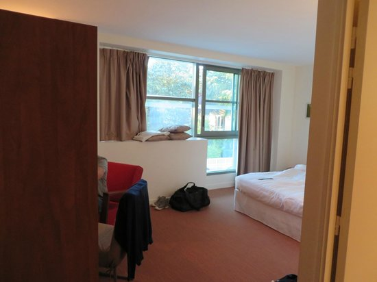 Hotel 17.4: Camera