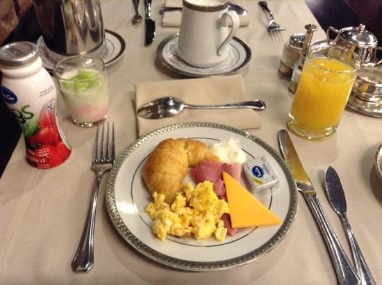 Melia Recoleta Plaza : café da manhã