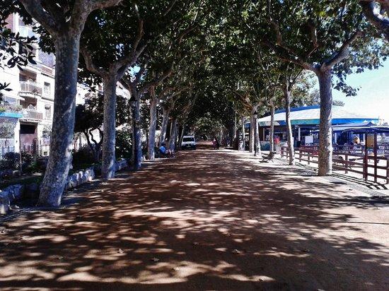 GHT Hotel Maritim: paseo maritimo