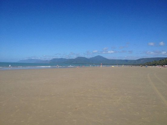 By The Sea Port Douglas: A minute away from By the Sea, beautiful in July 2013