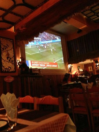 Ozone Thai Restaurant: Large Screen