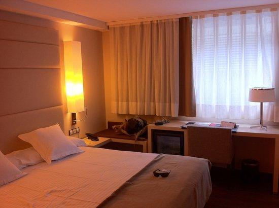 Mola Park Atiram Hotel: Buenísima cama