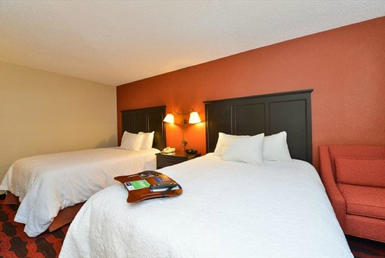 Hampton Inn Sturgis-Lagrange Area: 2 Queen Room