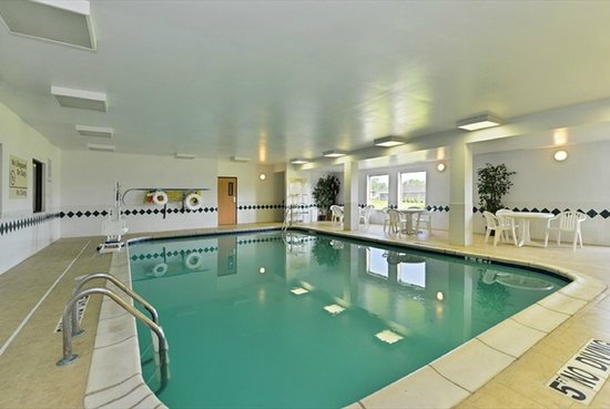 Hampton Inn Sturgis-Lagrange Area: Swimming Pool
