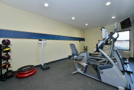 Hampton Inn Sturgis-Lagrange Area: Fitness Center