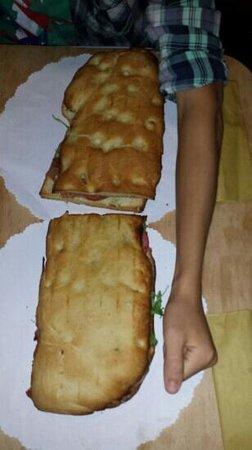 มิราโน, อิตาลี: panino xxxxxl pedavena mirano