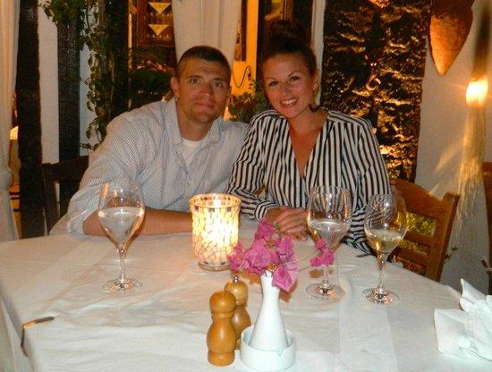 Candouni Restaurant: We loved it!