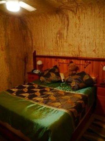 Down to Erth B &B: sleeping room in 10 m depth
