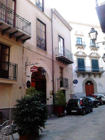 Harmony Bed and Breakfast: Chus de España