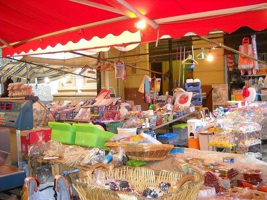la casa di marzapane: Il mercato del Capo
