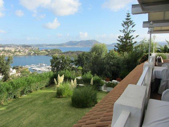 Cala Moresca: The Bay of Naples