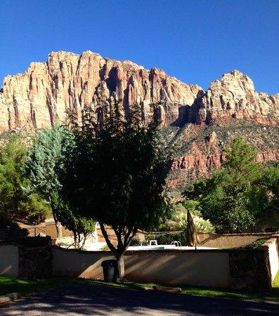 Canyon Ranch Motel: Zion Nat'l Park view