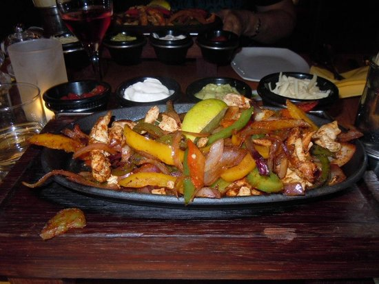 Banana Wharf Poole: my chicken fajitas