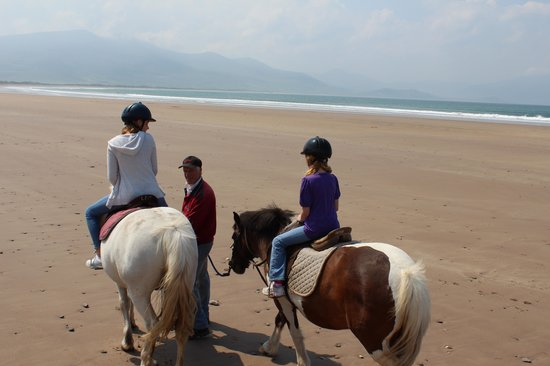 The Shores Country House: Riding on the beach