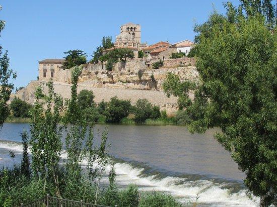 Parador de Zamora: Vista desde el Duero