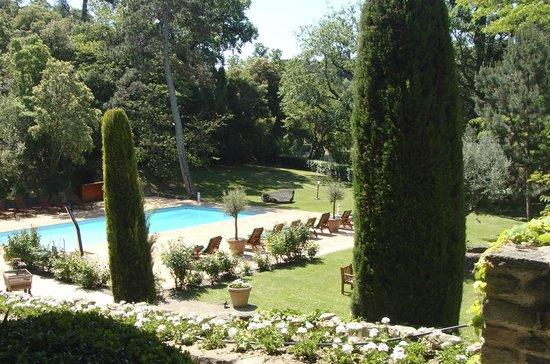 Le Domaine d'Auriac: lindo jardim num raro momento sem chuva