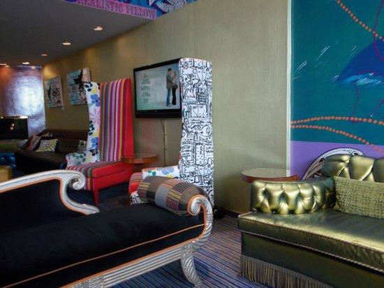 Hotel Triton: View of lobby