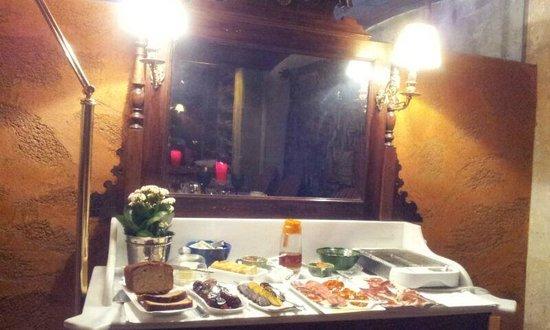 Hotel Afan de Rivera : Parte del Buffet del desayuno