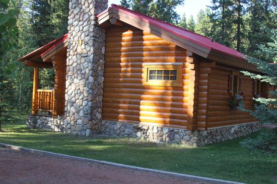 Baker Creek Mountain Resort: Trapper's Cabin at Baker Creek Sept 2013