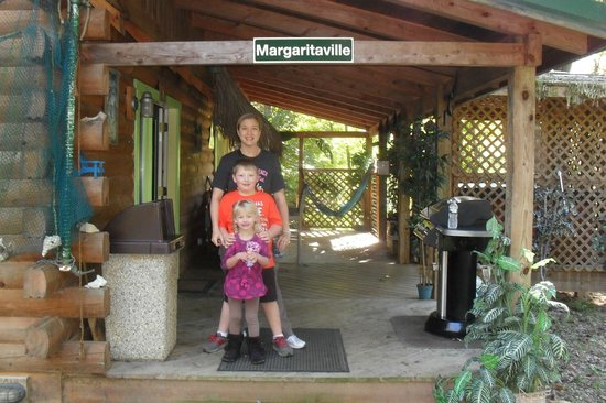 Getaway Cabins: Margarittaville