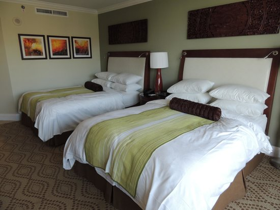 JW Marriott Marco Island Beach Resort: Spacious Room