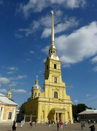 Alla Tours: Peter and Paul Cathedral