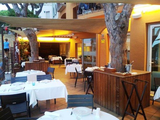 Foie gras with cherry foam picture of restaurant hotel - Casa mar llafranc ...