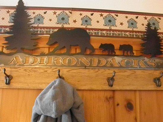 Mountain Brook Lodge: great coat rack