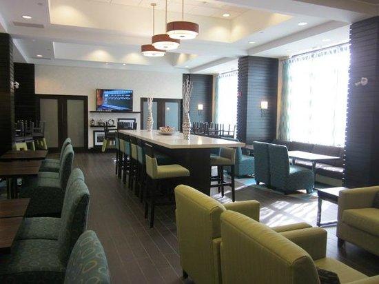 Hampton Inn by Hilton Winnipeg Airport/Polo Park : beautiful breakfast room
