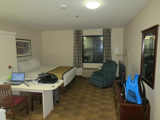 Extended Stay America - Detroit - Ann Arbor - Briarwood Mall: room