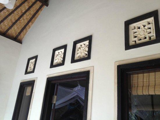Latugu Homestay Ubud: Bungalow von Aussen