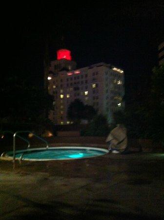 Renaissance Long Beach Hotel : piscine spa