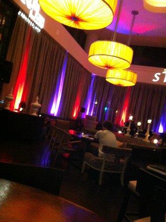 Renaissance Long Beach Hotel : bar
