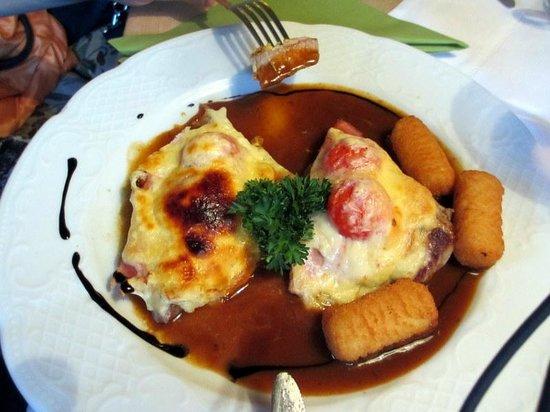 Falken Restaurant: Schnitzel a la Tessin