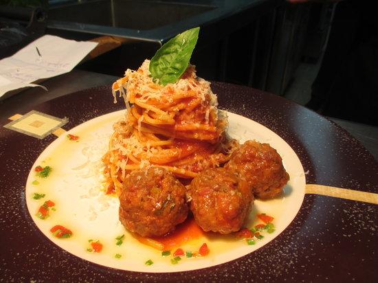 Royalton Cayo Santa Maria: Food/Nourriture