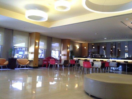 Midtown Hotel : Lobby