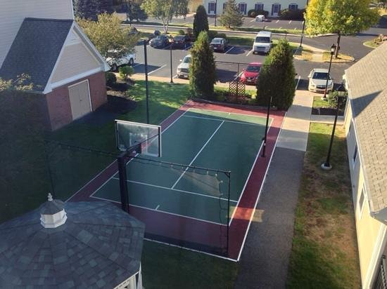 Residence Inn Boston Westford: basketball