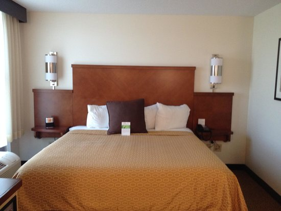 Hyatt Place Fort Myers at The Forum: Bedroom